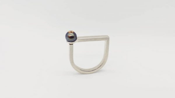 M1 pearl ring